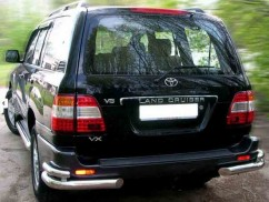 ST-Line Защита заднего бампера Toyota Land Cruiser 100 (1997-2006) /углы двойные
