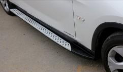 Пороги боковые (подножки) BMW X1 2012-
