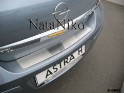 Накладка на бампер Opel  ASTRA III H 4D