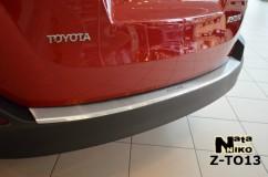 Накладка на бампер с загибом Toyota RAV-4 IV