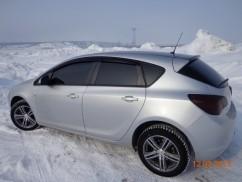 Ветровики Opel Astra J Hb 2010