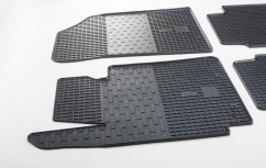 Stingray Коврики в салон резиновые Kia Cerato 12-/Hyundai Elantra 11-15 (2 шт)